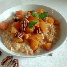Thai Red Curry, Oatmeal, Breakfast, Ethnic Recipes, Food, The Oatmeal, Morning Coffee, Meal, Essen