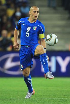 Fabio Cannavaro of Italy in Legends Football, Football Icon, Football Drills, Best Football Players, National Football Teams, World Football, Football Pictures, Soccer Players, Football Soccer