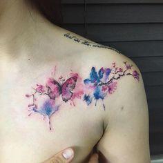 Mariposa y Flores de Cerezo estilo Acuarelas by HongDam - Tatuajes para Mujeres. Encuentra esta muchas ideas mas de Tattoos. Miles de imágenes y fotos día a día. Seguinos en Facebook.com/TatuajesParaMujeres!: