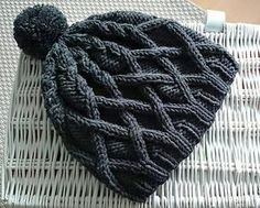 Free pattern for cute knit cabled hat Black Roxy by freeena at Ravelry  Knitting Hats 1fa8cfcecdb