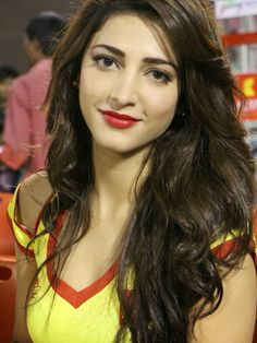 Shruti Hassan is one of the best and beautiful actresses in the tollywood. She is also famous actress in the bollywood. Do you want to set. Beautiful Girl Indian, Most Beautiful Indian Actress, Beautiful Eyes, Gorgeous Women, Indian Celebrities, Bollywood Celebrities, Celebrities Fashion, Bollywood Actors, Beautiful Bollywood Actress