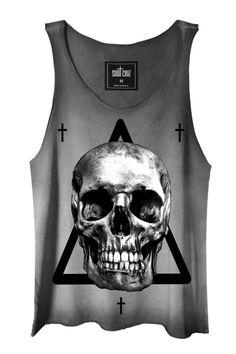 REGATA ESTONADA SHE IN THE DARK - Saint Cruz. Camisetas MasculinasCamisetas  ... cac20867f77