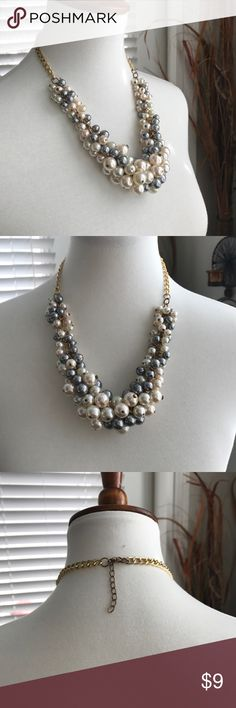 Chunky Beaded Necklace For the professional or the casual cute day. Bundle and save! Jewelry Necklaces
