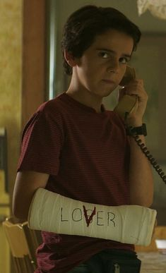 Eddie (Jack Dylan Grazer) is one of my favorites from it other than Richie (Finn Wolfhard) Es Pennywise, Pennywise The Dancing Clown, Jack Finn, Jack G, It Movie 2017 Cast, Movie Tv, It Icons, Spirit Fanfics, It The Clown Movie