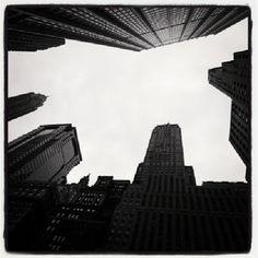 ニューヨーク マンハッタンは高層ビルが乱立しており。スカイラインが狭い。 - @his_japan- #webstagram