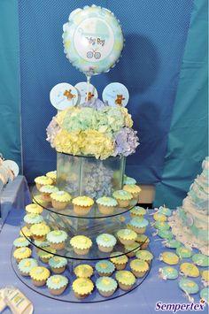 Los cupcakes  siguen teniendo una importante  participación en todos los eventos.  Se usan en todos los tamaños,  tradicionales y mini.