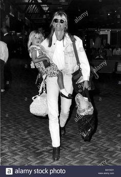 Maria Callas and Giuseppe Di Stefano in ''Lucia di Lammermoor'' Maria Callas, Linda Ronstadt, Celebrity Wedding Dresses, Celebrity Weddings, Hollywood Stars, Old Hollywood, Classic Hollywood, Hollywood Pictures, Kelly Emberg