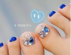 Korean Tip Nail Designs – Silver Blue Crystal Tip Nails Wedding Toe Nails, Wedding Toes, Gel Toe Nails, Toe Nail Art, Diy Nails, Purple Nail Designs, Nail Art Designs, Pedicure Designs, Nail Crystal Designs