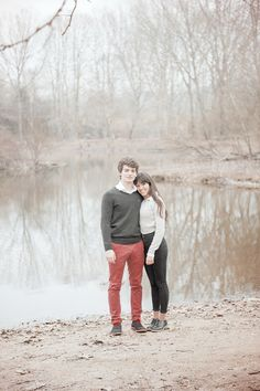 Engagement shooting. Lake location, romantic couple. Soft and pink colors shooting.