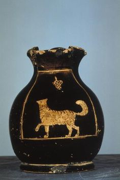 Attic Red Figure Chous, with Maltese dog under a hanging bunch of grapes, ca. Ancient Greek Art, Ancient Greece, Greek Pottery, Black And White Dog, Miniature Dogs, Maltese Dogs, Lap Dogs, Historical Art, Classical Art