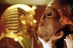 head of the mummy of Tutankhamun