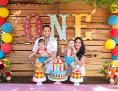 Animal Circus Themed First Birthday Party - Inspired by This (Party Top Carnival Themes) Circus First Birthday, Circus 1st Birthdays, Twin Birthday Parties, 1st Birthday Themes, Carnival Birthday Parties, First Birthdays, Dumbo Birthday Party, Birthday Ideas, Birthday Bash