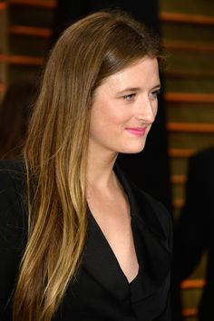 Grace Gummer Photos - Actress Grace Gummer attends the 2014 Vanity Fair Oscar Party hosted by Graydon Carter on March 2014 in West Hollywood, California. - Stars at the Vanity Fair Oscar Party Meryl Streep Daughter, Christian Slater, Vanity Fair Oscar Party, Palm Oil, Fair Skin, New Series, Freckles, In Hollywood, Daughters