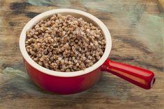 Zoznámte sa s pohánkou! 10 chutných receptov z pohánky Dog Food Recipes, Kitchen, Baking Center, Cooking, Dog Recipes, Home Kitchens, Kitchens, Cuisine, Stove