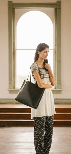The Simple Tote in Black | Full Grain Leather | 41 Year Warranty | $159.00