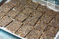 Vegan/GF Endurance Crackers 86lemons.com Low Carb Crackers, Gluten Free Crackers, Healthy Snack Options, Healthy Treats, Low Carb Recipes, Snack Recipes, Vegan Recipes, Granola Bars Peanut Butter, Vegane Rezepte