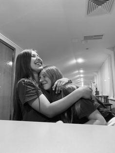 Best Friends Shoot, Just Good Friends, Crazy Friends, Best Friends Forever, Friends In Love, Cute Friend Pictures, Best Friend Pictures, Best Friend Photography, Best Friend Goals