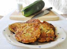 Zucchini Cakes - SO GOOD!  Perfect way to uses up all that zucchini from the garden