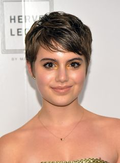 Sami Gayle's Gilded Gold - 25 Celeb-Approved Ways to Sparkle for New Year's Eve - Photos