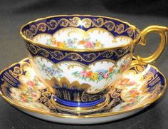 Crown Staffordshire Royal Blue Gold Rosebuds TEA CUP AND Saucer Tea Cup Set, My Cup Of Tea, Cup And Saucer Set, Tea Cup Saucer, Tea Sets, Antique Tea Cups, Vintage Teacups, Vintage China, Teapots And Cups