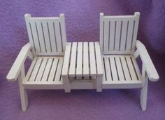 VINTAGE-MINIATURE-DOLLHOUSE-FURNITURE-WHITE-WOOD-SLATTED-BENCH-for-BEACH-YARD