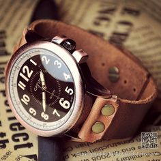 Hey, j'ai trouvé ce super article sur Etsy, chez http://www.etsy.com/fr/listing/127547204/man-watch-leather-w0096