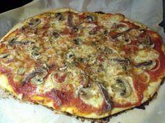 ángela me dijo que el secreto de la pizza estaba en usar harina de manitoba... ayer probé y me salió ¡¡¡la pizza perfecta!!!