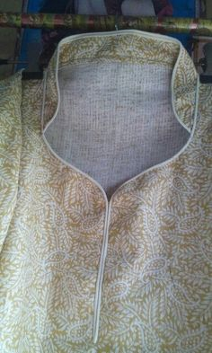 Kurti Back Neck Designs, Churidhar Neck Designs, Salwar Suit Neck Designs, Kurta Neck Design, Neckline Designs, Dress Neck Designs, Kurta Designs Women, Bridal Blouse Designs, Neck Patterns For Kurtis