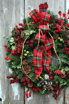 Christmas Wreath Plaid Ribbon Red Berries
