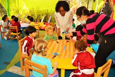 The Gingerbread Man-Puppet Show White Fields British Nursery -An innovative learning experience...