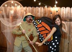Butterfly and butterfly catcher Halloween costumes | JULIE ANN ART #coupleshalloweencostumes
