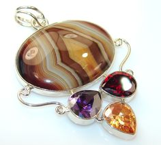 Excellent Agate Sterling Silver Pendant