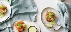 Zutaten: 800 g Lachforellenfilets (am besten entgräten und häuten lassen); 3 Selleriestangen; 4 Jungzwiebeln; 20 ml Olivenöl; 1 unbehandelte Limette (Schale + Saft); Salz, Pfeffer; 2 Dotter; 40 ml Olivenöl; 1 TL Senf; 4 Zweige Basilikum; 80 ml Naturjoghurt; Saft einer Zitrone! Mehr dazu auf der ADEG Website! Prosciutto, Mayonnaise, Fish, Meat, Ethnic Recipes, Fish Dishes, Basil, Salmon, Pisces