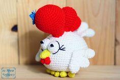 Small rooster amigurumi pattern - free