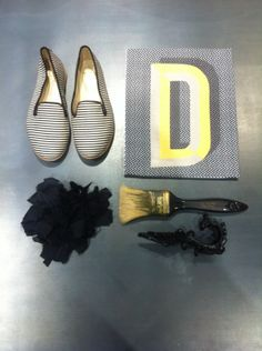 DOUUOD&shoes&details Stripes slipper Customized t shirt with your letter Flower pin Nice stuff