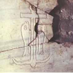 Ancla y Pez o Delfín en las Catacumbas de San Calixto, Roma. El ancla puede acompañarse del delfín como amigo del hombre, o bien una paloma con la rama del olivo en la boca aludiendo a la libertad.