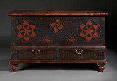 Blanket Chest with Sgraffito Design | Olde Hope Antiques