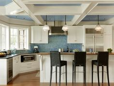 pretty blue backslash and ceiling
