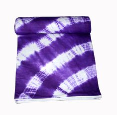 Dohar are very light in weight soft and durable which can be used in Winter and in AC rooms. Inside feel the cotton.