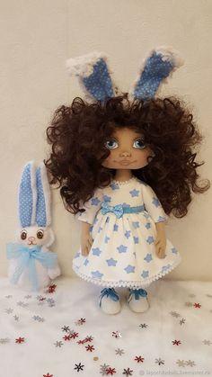 Текстильная коллекционная кукла Зайка, автор Лисицина Надежда Girls Dresses, Flower Girl Dresses, Dolls, Wedding Dresses, Fashion, Dresses Of Girls, Baby Dolls, Bride Dresses, Moda