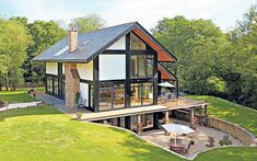 Property sleuth Graham Norwood hops in his hybrid car and travels the   country to find eco-friendly homes. #eco-friendlyhomes #eco-friendlycars Green Building, Building A House, Future House, Design Exterior, Eco Friendly House, Design Case, My Dream Home, Beautiful Homes, Architecture Design