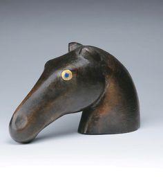 Muharos Lajos: Lófej • 1968; méret: 350×220 mm Sculpture, Sculptures, Sculpting, Statue, Carving