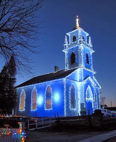 A Blue Christmas. A church decorated in blue Christmas lights. Blue Christmas, Outdoor Christmas, Christmas Photos, Christmas Lights, Canada Christmas, Merry Christmas, Christmas Mantles, Victorian Christmas, Holiday Lights