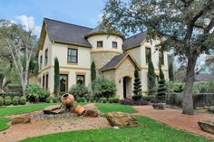 Pristine 2005 stone and stucco traditional Lovett home. Spacious corner lot, 4 bedrooms, 4 1/2 baths with 3 car garage, pool and spa. Dramatic sweeping staircase surrounded by elegant formals and terrific chef's kitchen. Gleaming hardwood floors, elevator capable, backyard oasis with covered patio, mosquito system and resort style, zero edged pool and spa, complete with umbrella covered table and pool seating and water features! 4 generous bedrooms and gameroom upstairs.