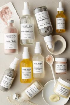Aside from French Girl's super chic minimalist packaging, there's also the thousands of rave reviews. I first spotted the Seattle-based organic skincare line on Anthropologie and was th…