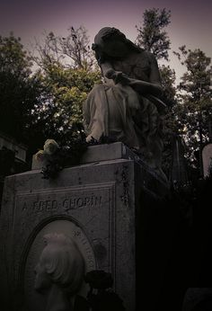 Grave of the incomparable musical genius, Frederic Chopin.