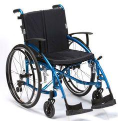 Silla de Ruedas ENIGMA SPIRIT. Silla de Ruedas de aluminio ENIGMA SPIRIT lo último en diseño de sillas de ruedas. El modelo enigma spirit viene de serie con respaldo partido , Reposa brazos regulables sin heramientas  , frenos de largo alcance y extracción rápida de las ruedas. Cojin acolchado. ruedas antipinchazos. Reposapies abatibles y amovilbles.