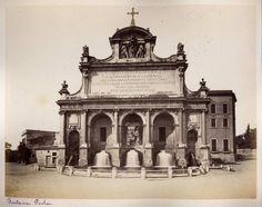 Roma. Fontana Paola 1860-1880