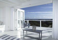 The White House Beach Villa - Yzerfontein Accommodation - WeekendGetaways Timber House, Wooden House, Wooden Decks, Beach Villa, Beach House, White Houses, Sustainable Design, Townhouse, Luxury Homes