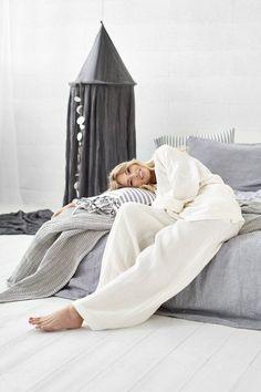 Wide Linen Pants, Wide Leg Pants, Linen Trousers, Loose Linen Pants, Linen Women Pants, Linen Clothing, Palazzo Linen Pants, Plus Size Pants #LinenPants #WidelegsPants #LinenTrousers #LinenClothing Linen Pants Women, Wide Leg Linen Pants, Linen Trousers, Women Pants, Online Gift, Stay In Bed, Pink Bedding, Plus Size Pants, Nautical Fashion